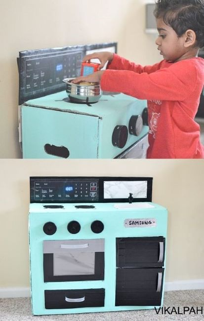 This cute kitchen is great for young kids to use their imagination