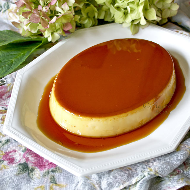 leche flan with milk