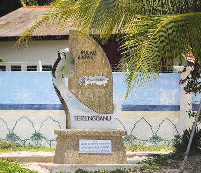 Mercu Tanda Pulau Kapas