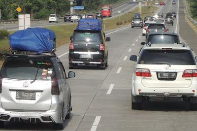 Syarat Mudik Pakai Mobil Pribadi, Ada Golongan yang Dapat Pengecualian, Siapa Saja?