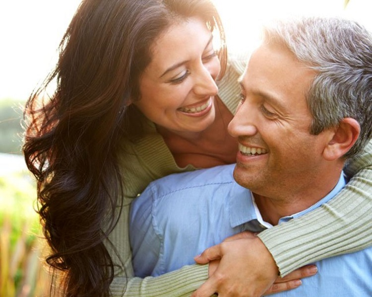 18 Maneiras de Fazer Sua Esposa se Sentir Verdadeiramente Amada