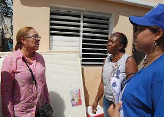 Otras 500 familias reciben la mano solidaria del Gobierno en Arenoso y El Seibo tras el paso de huracán María
