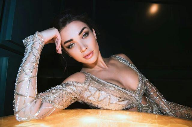 Amy Jackson Full HD Sexy Wallpaper