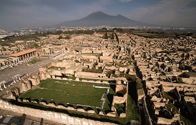 pompeii ruins pompeii and herculaneum were two roman towns destroyed    Pompeii Ruins Bodies