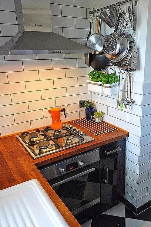 echa un vistazo a estas cocinas que hicieron un buen uso de su reducido espacio