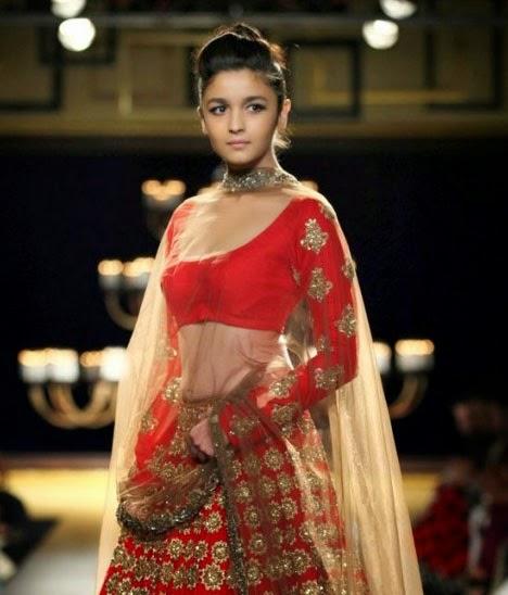 Alia Bhatt Sexy Nangi Photo