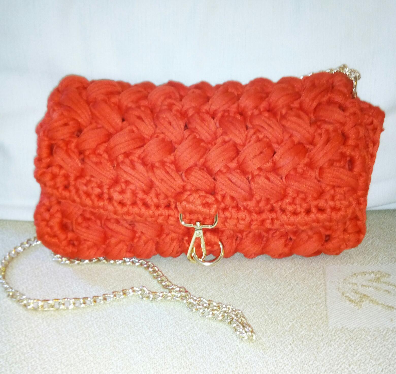 99d6a7e50d Γυναικείο τσαντάκι με ζωηρό καλοκαιρινό χρώμα για τα καλοκαιρινά  βράδια💖💖💖