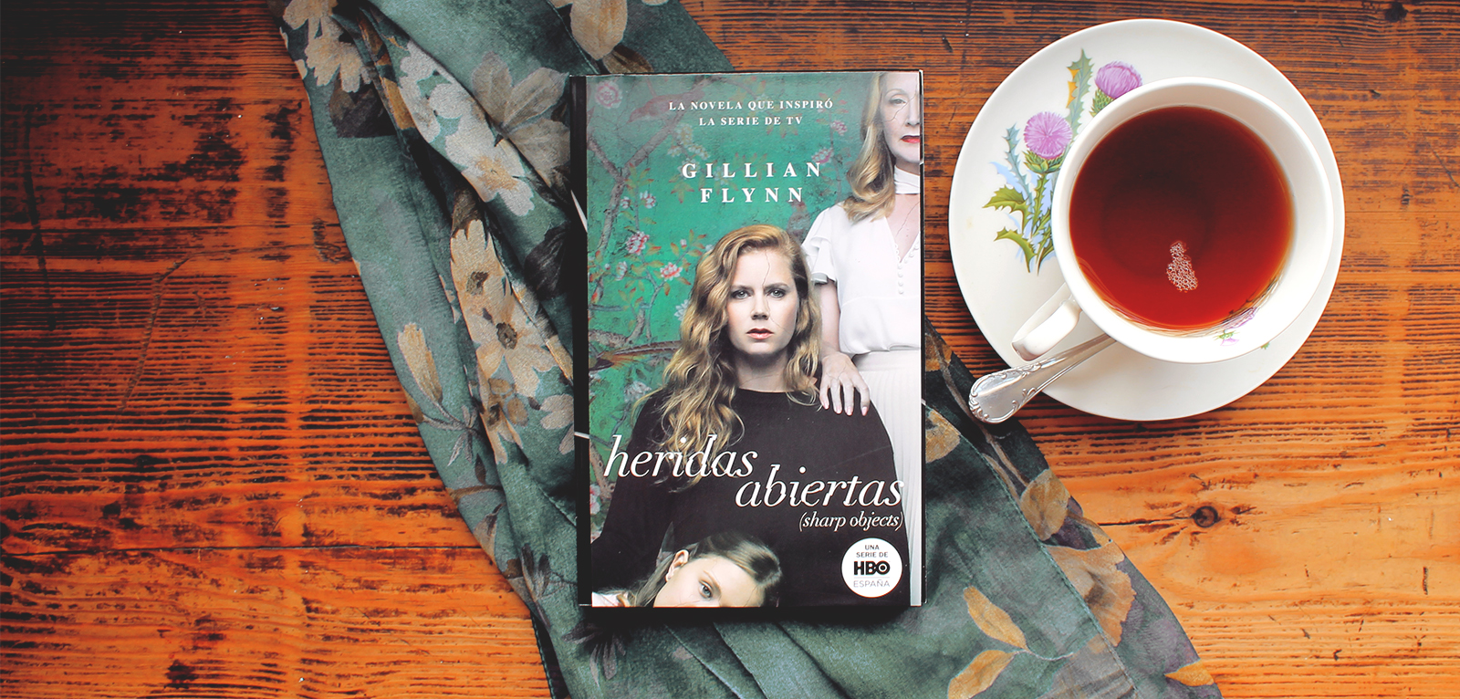 Heridas Abiertas · Gillian Flynn | La sangre manda · Stephen King