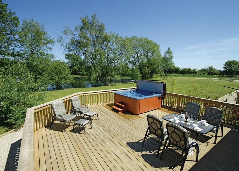 20 lodges with hot tubs within a 2 hour drive of Newcastle Upon Tyne - Pickering Lodges