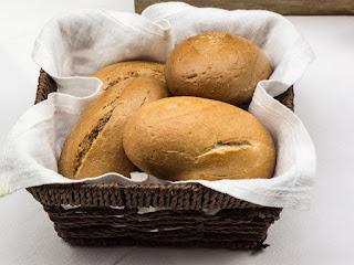 roti-untuk-anak-sakit.jpg
