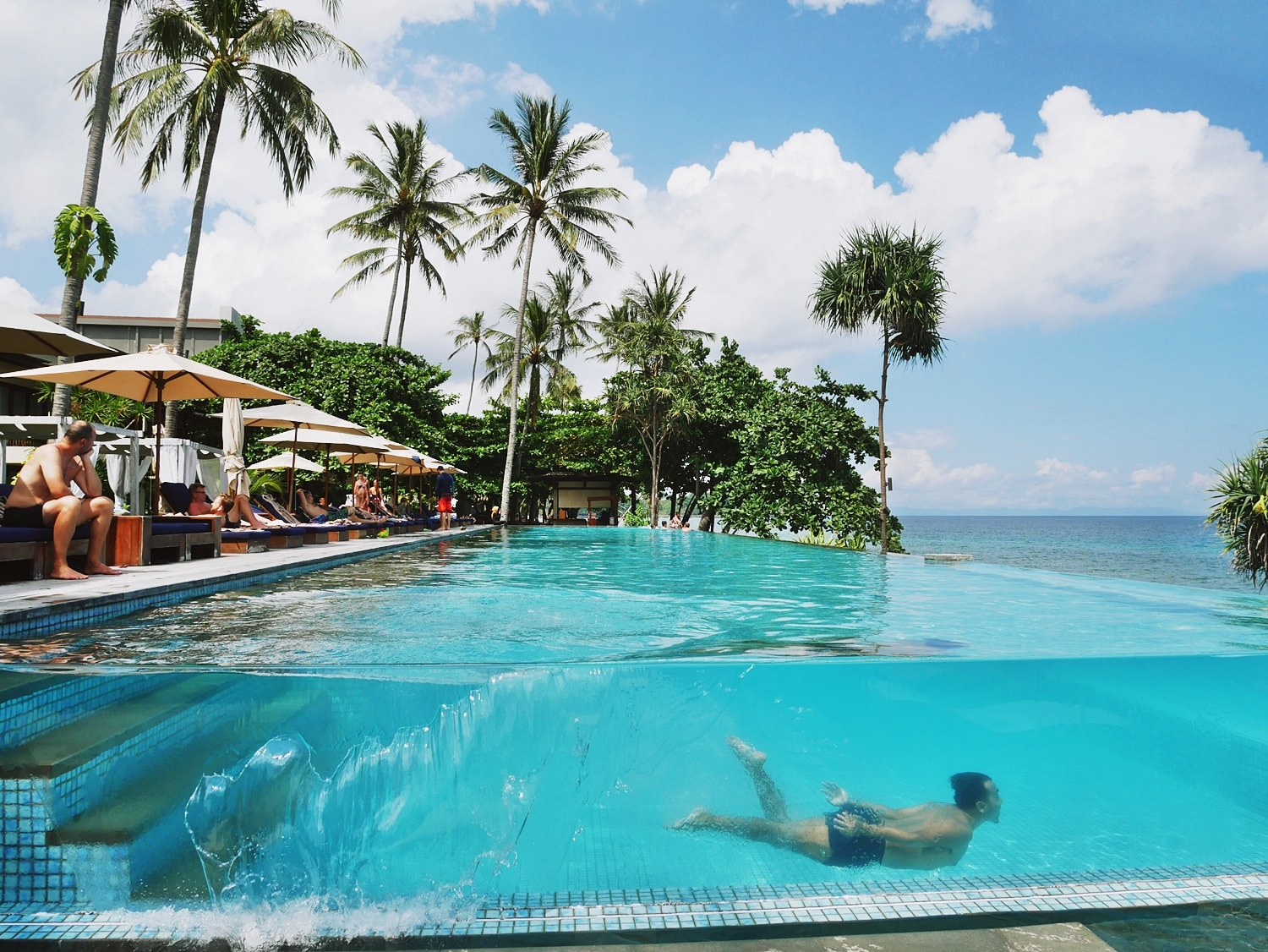 BEST HOTEL IN SENGGIGI LOMBOK, KATAMARAN RESORT REVIEW