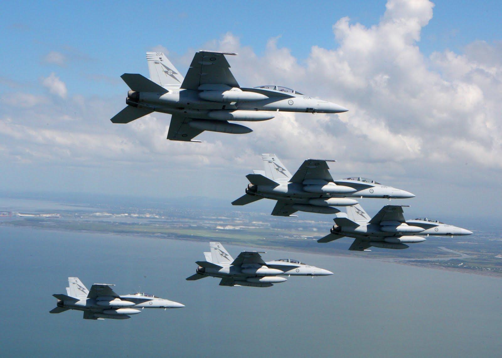 Nu har Boeing levererat de sista av 24 stycken beställda F A-18F Super  Hornet