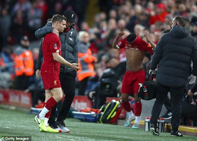 Liverpool lại đón thêm 'bệnh binh' sau trận thắng Everton