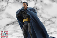 MAFEX Batman (Batman: Hush) 32