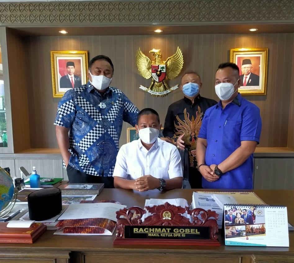 Nizar – Neko Temui Ketua DPR RI Minta Untuk Menghadiri Pelantikan Mereka Menjadi Bupati dan Wakil Bupati Lingga
