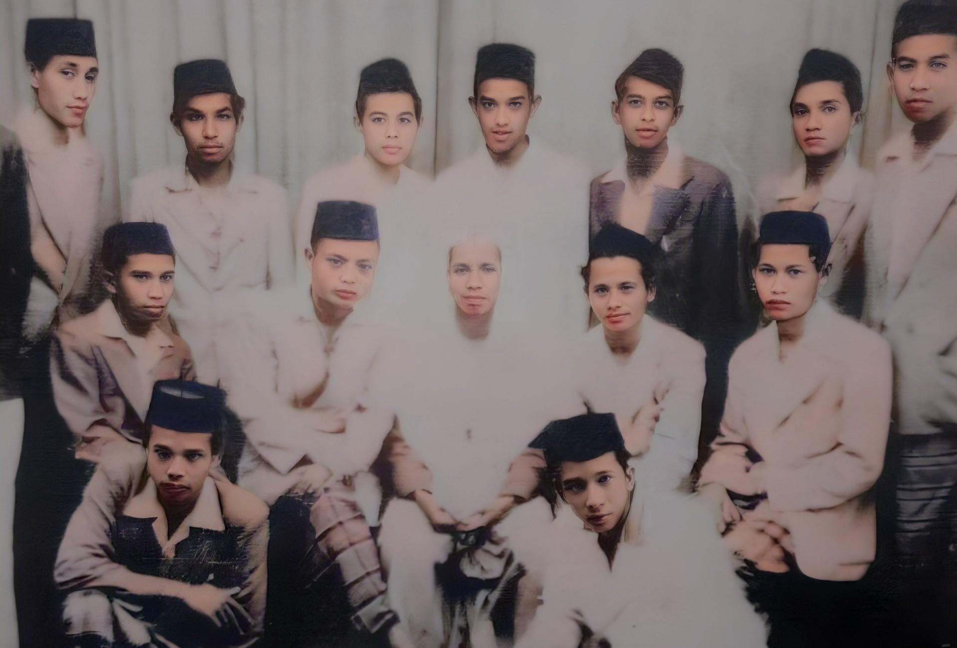 25+ Kumpulan Foto Masa Muda Guru Zaini Sekumpul (HD)