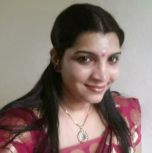 Sona Nair latest hot photos in saree and churidar