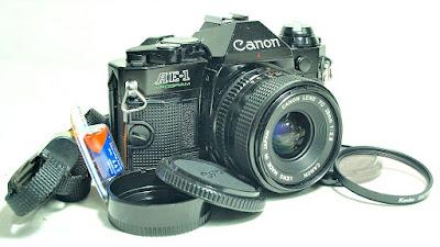 Canon AE-1 Program (Black) Body #837, Canon FDn 28mm 1:2.8 #899