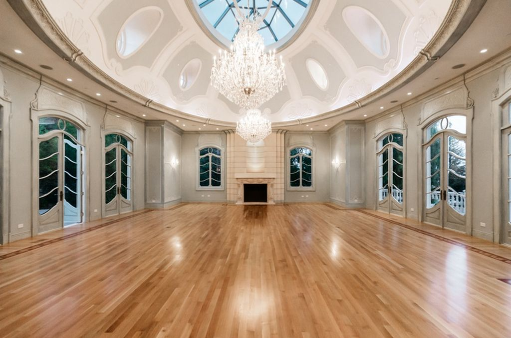 T m f d 2018 28 000 square foot french style mega for 901 salon beverly hills