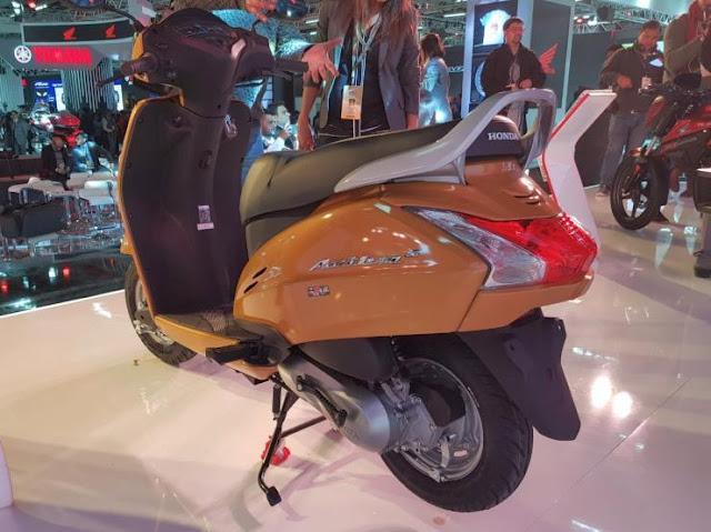 All New 2018 Honda Activa 5G three qauter hd image
