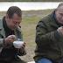 «Рыбы нет, но вы держитесь»: Медведев с Путиным позорно поели ухи без рыбы — в сети ржач ОПУБЛИКОВАНО ВИДЕО