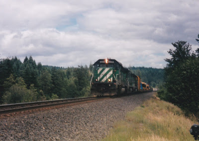 Burlington Northern SD40-2 #8093 at North Bonneville, Washington, on June 7, 1997