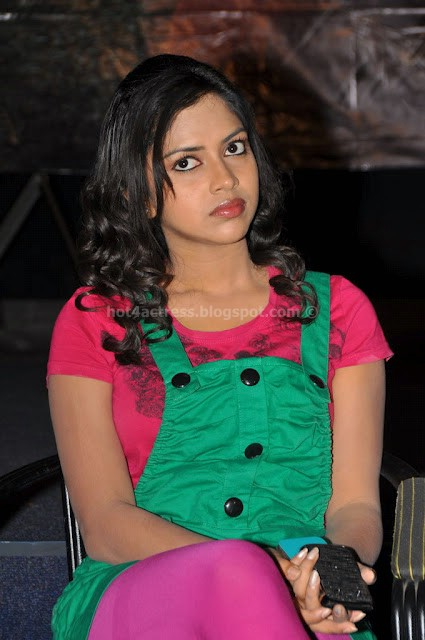 Amala paul latest cute dress images