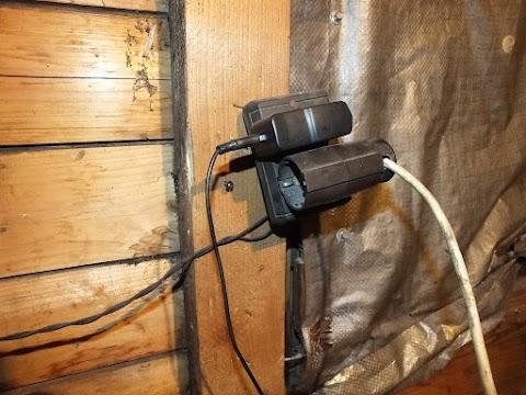 A szomszédjából lopta az áramot a debreceni férfi