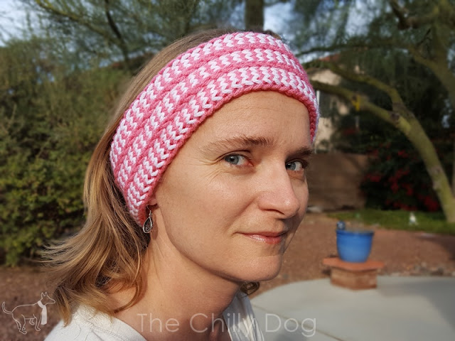 How to knit an earwarmer headband with a Clover Standing Oval Knitting Loom