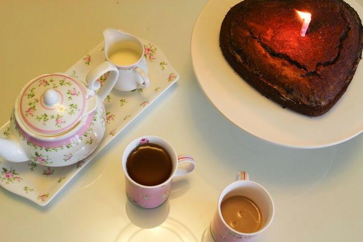 Birthday Girl & Cinnamon Tea Cake