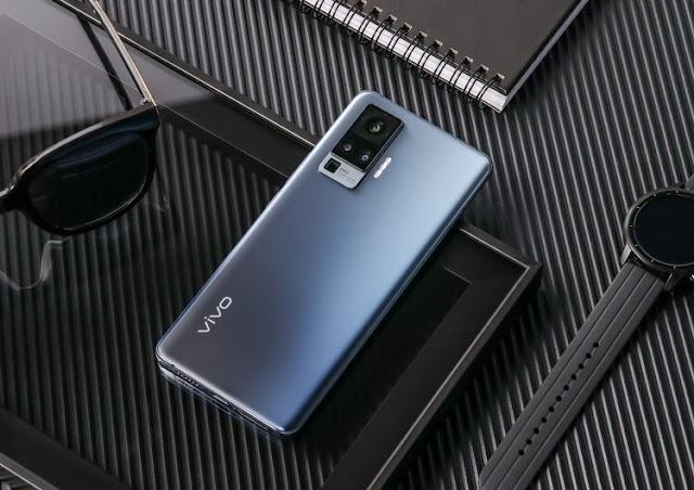 Vivo Rusya'da bir dizi akıllı telefon tanıttı X50 fiyatlar 41 bin ruble