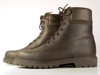 Sepatu-Berbahan-Kulit-Sintetis