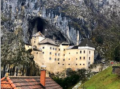 Castillo de Predjama en 2018