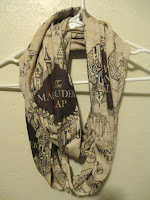 https://www.etsy.com/fr/listing/223468186/harry-carte-foulard-de-potter-maraudeur?show_sold_out_detail=1