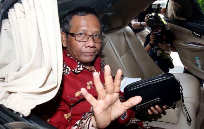Di Depan Presiden PKS, Mahfud MD: Nyatanya Partai Dakwah Ngirim Wakilnya di Penjara
