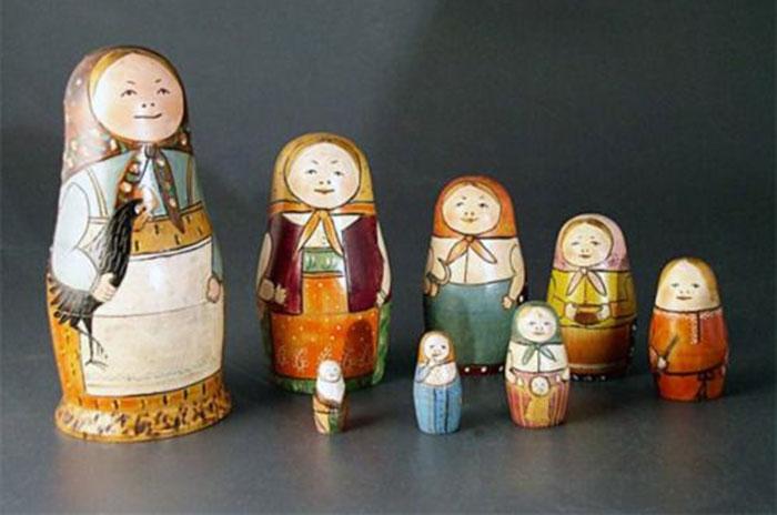 Boneka Matroyshka karya Vasily Zvyozdochkin
