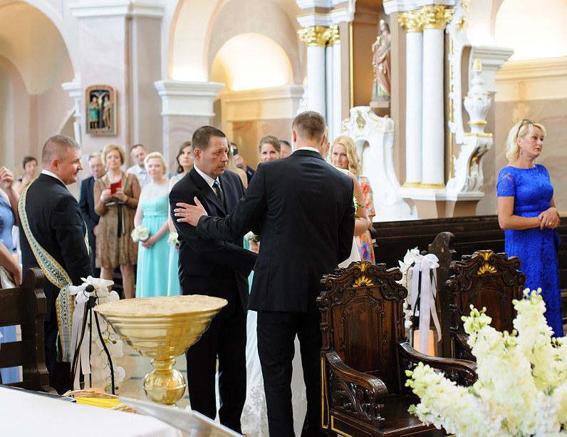 vestuvės Telšių Šv. Antano Paduviečio katedroje