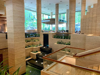 Lobby area, Sheraton Towers Singapore, 2021