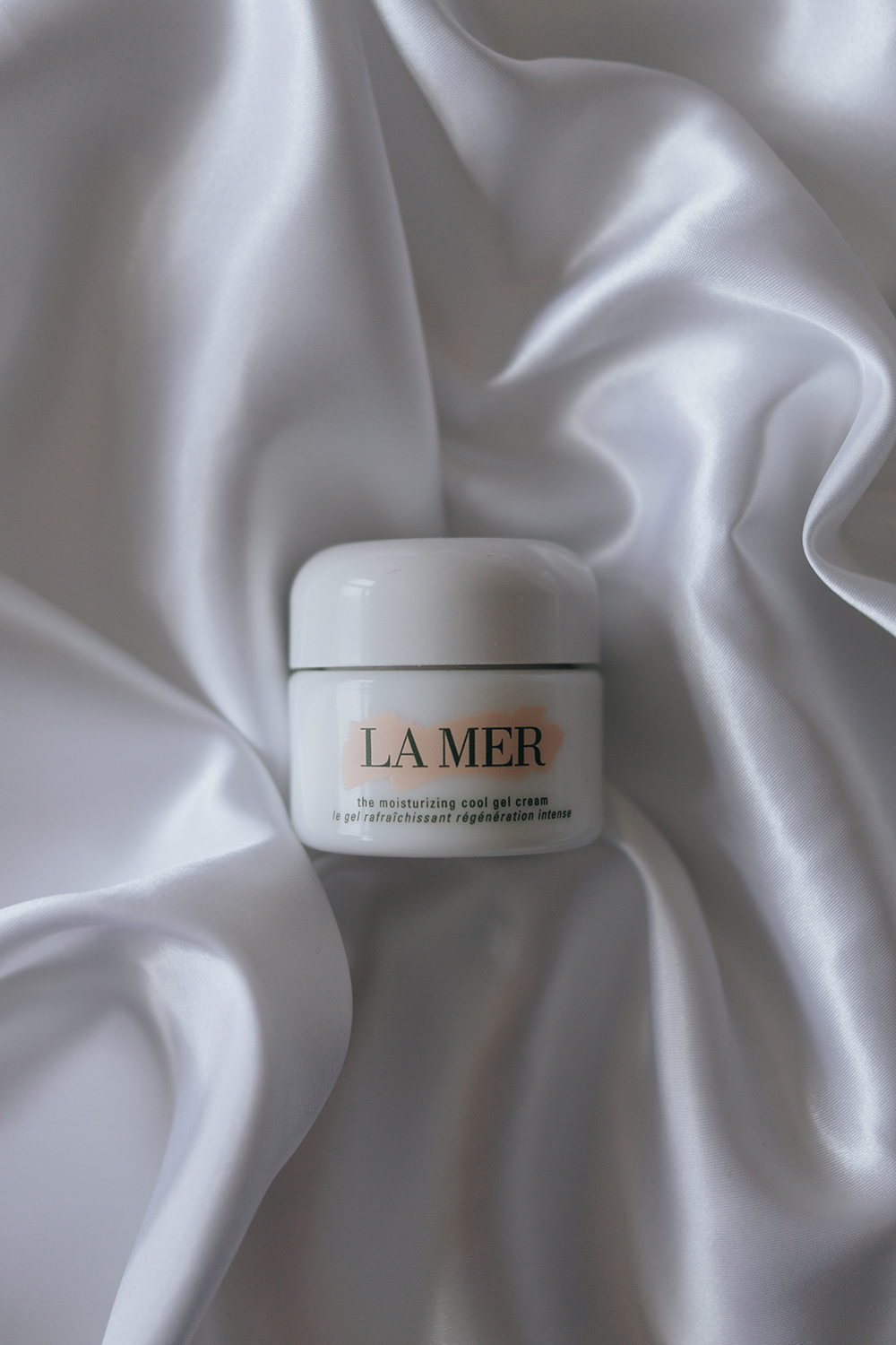 updated-skincare-routine-barely-there-beauty-blog-la-mer-gel-review