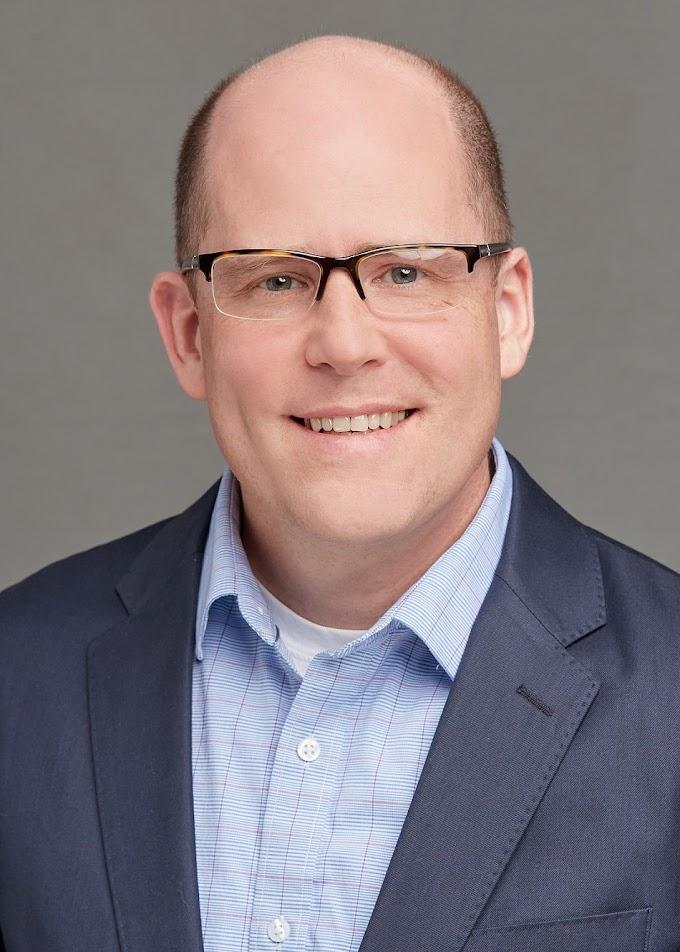Conversa com Dr. Chris Mueller