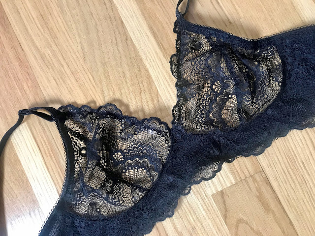 Diary of a Chain Stitcher: Black Lace with Scalloped Edge Watson Bra from Cloth Habit