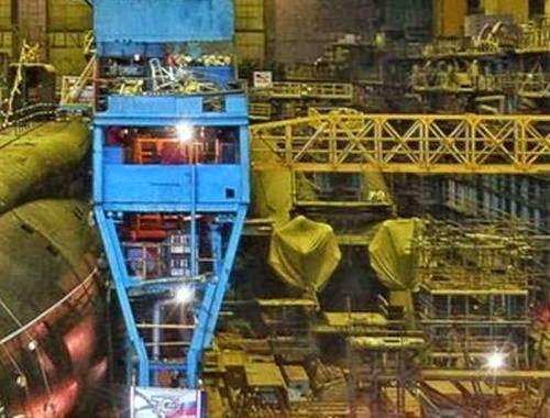 Suasana pembangunan kapal selam di Sevmash