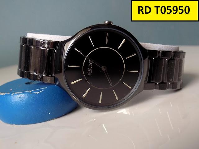 Đồng hồ đeo tay quà tặng bạn trai bất ngờ, hấp dẫn, thú vị