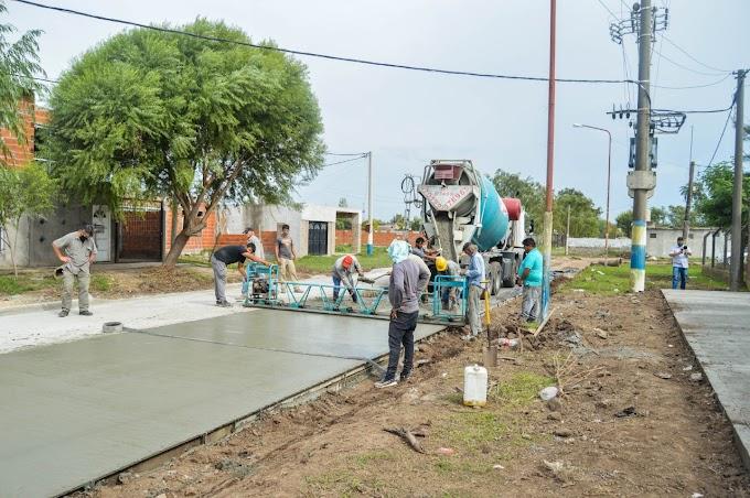 Avanza la pavimentación, desagües y veredas para el perimetro de la Escuela N° 448