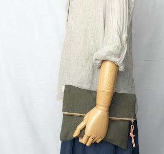 麻とレザーのハンドバッグ