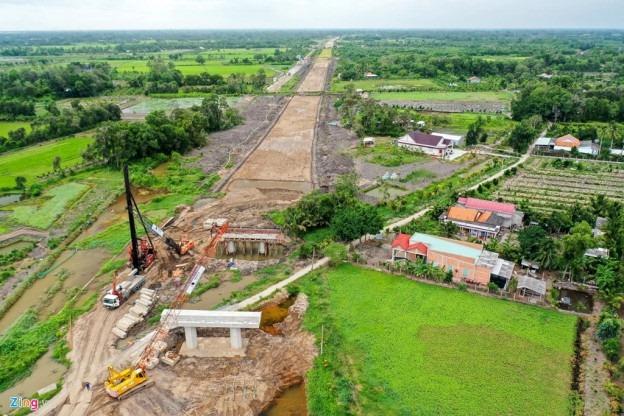 Cao tốc Trung Lương – Mỹ Thuận sau 10 năm khởi công 2