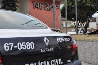 http://www.vnoticia.com.br/noticia/3895-homem-e-preso-em-santa-clara-acusado-de-manter-mulher-em-carcere-privado