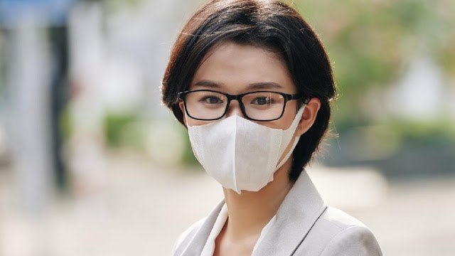 Penelitian Mengatakan Pengguna Kaca Mata 3 Kali Lebih Terlindungi dari COVID-19