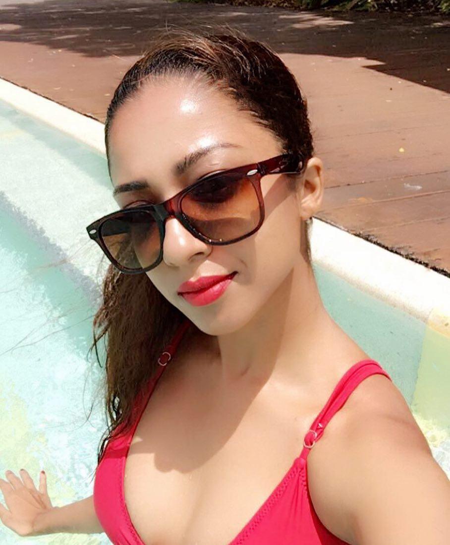 Sunita Bhabhi Indian Bhabhi Hot Dance In Transparent -6162
