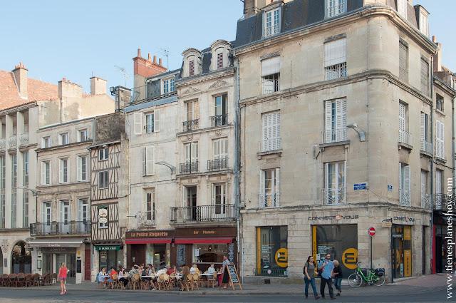 Poitiers viaje Francia que ver ruta ciudades roadtrip
